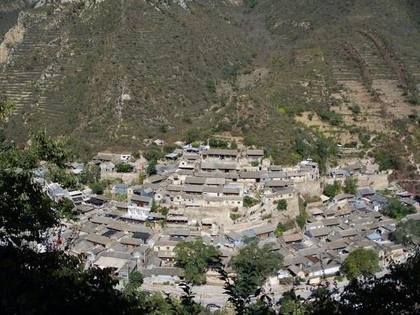 中国名字最难写的一个村庄,共三十笔,是离北京90公里的风水宝地